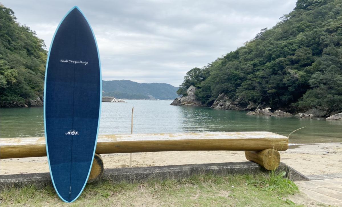 藍染のサーフボード